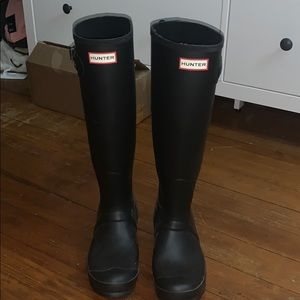 Knee-High Hunter Rainboots
